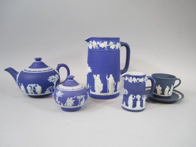 A77-30  Wedgwood Tea Set