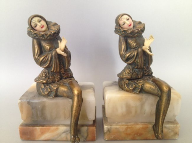 PAIR OF ART DECO STATUES BOOKENDS
