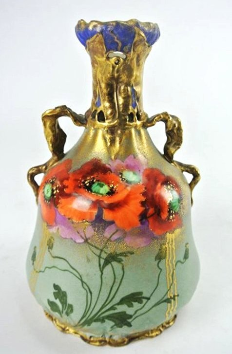 FR-11 HAND PAINTED TURN VIENNA VASE