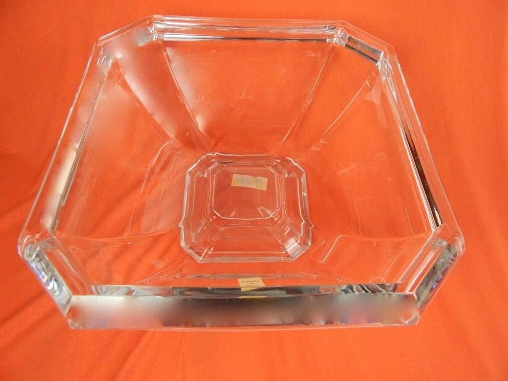 A76-7  NEO CLASSIC DURAND CRYSTAL BOWL