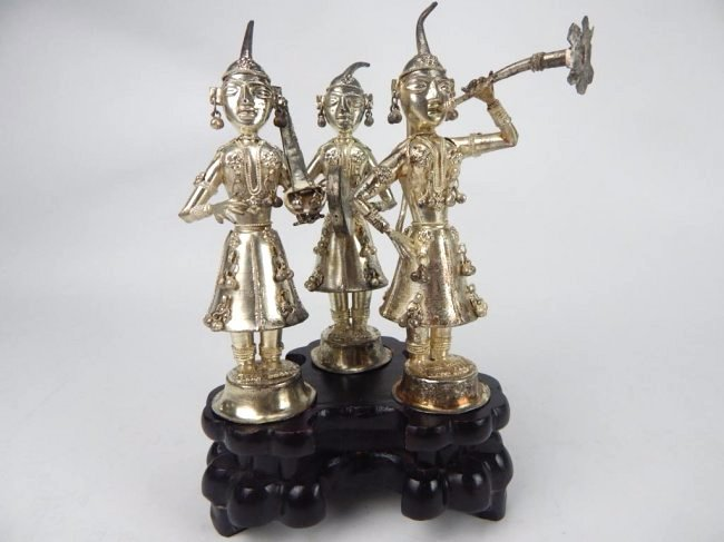 A91-5  SET OF 3 THAILAND SILVER FIGURES W/ BASE