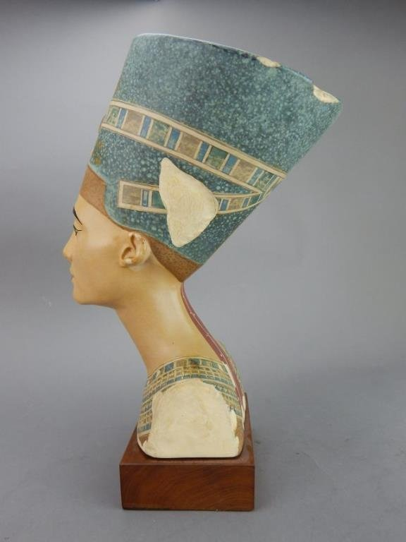 "Nefertiti ""Queen of Egypt"" Sculpture - 2"