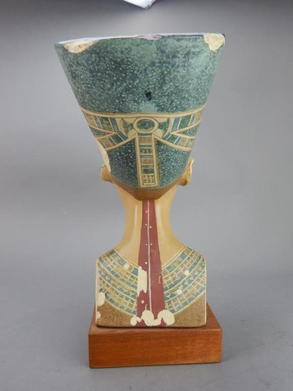 "Nefertiti ""Queen of Egypt"" Sculpture - 3"