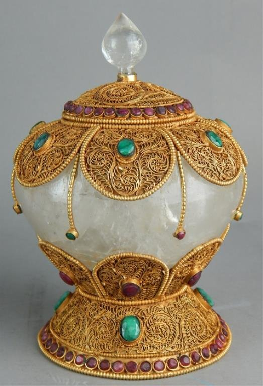 Decorated Chinese Rock Crystal Covered Bowl