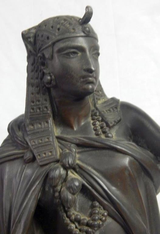 Antique Large Bronze Cleopatra Figure - 2