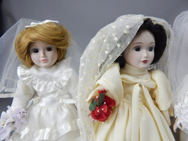 """Danbury Mint"" Bride Dolls - 5"
