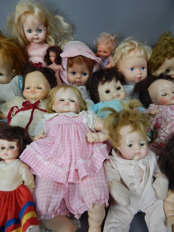 Collection of Nineteen Assorted Dolls - 2