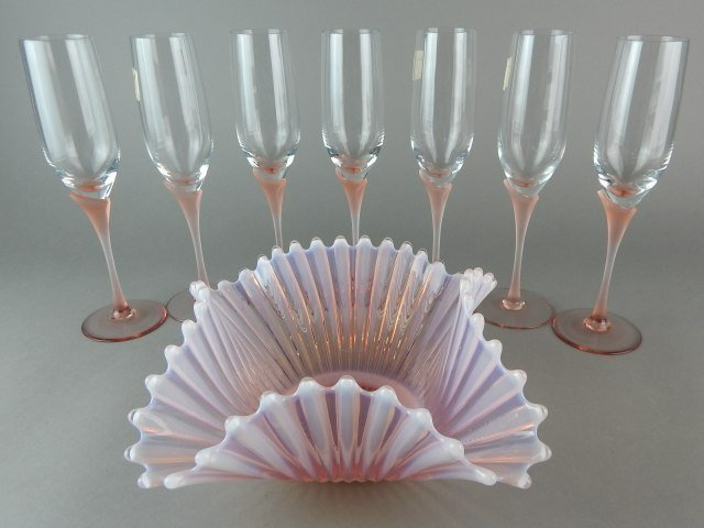 """""""Atelier K"""" German Pink Frosted Stems & Bowl"""