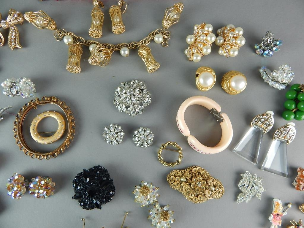 Fifty-Seven Piece Vintage Costume Jewelry - 7