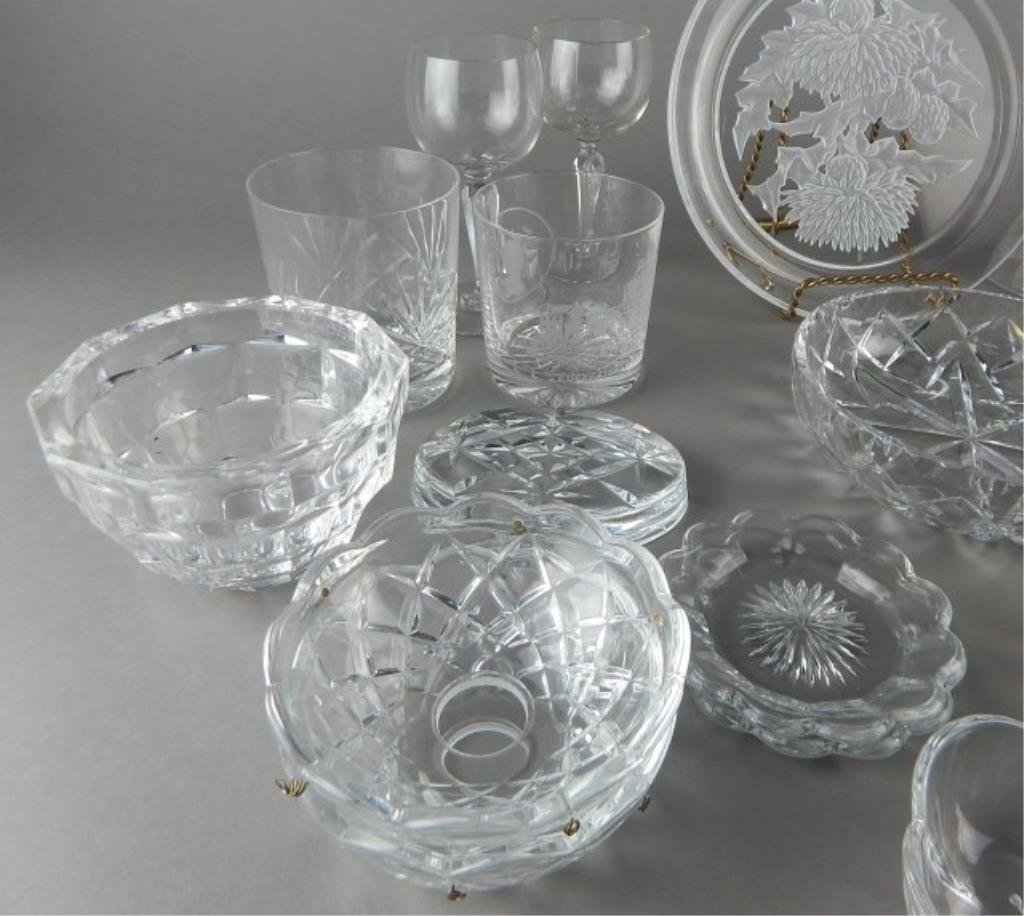 Twenty Two Pieces Miscellaneous Crystal & Glass - 3