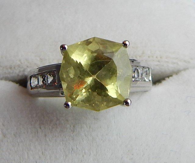 18k White Gold Danburite & Diamond Ring - 2