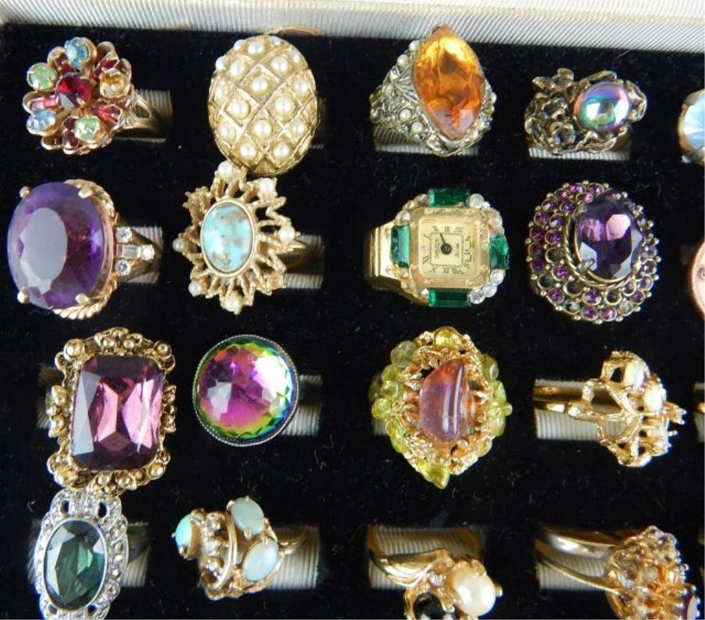 Thirty-six Assorted Vintage Rings - 2