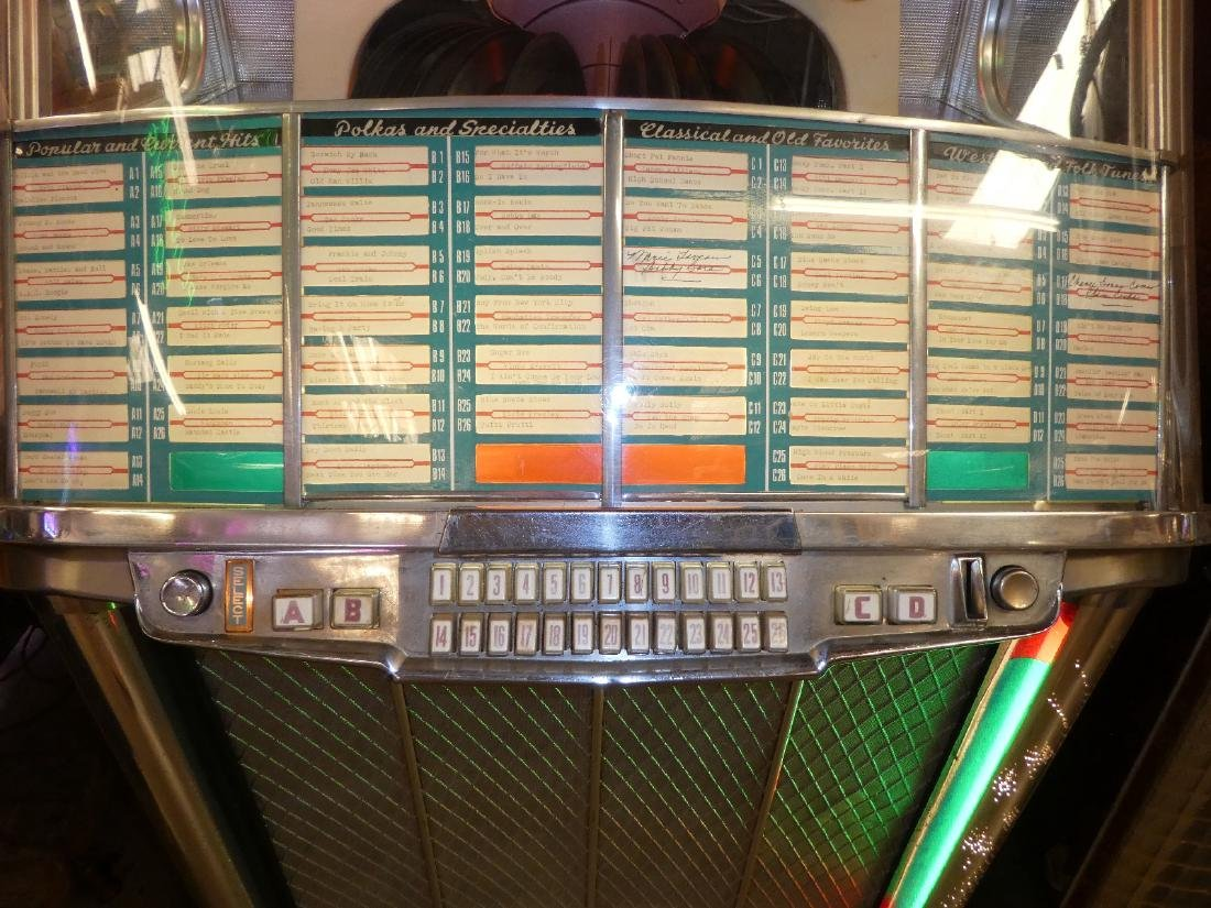 1953 Wurlitzer jukebox model 2104 - 2