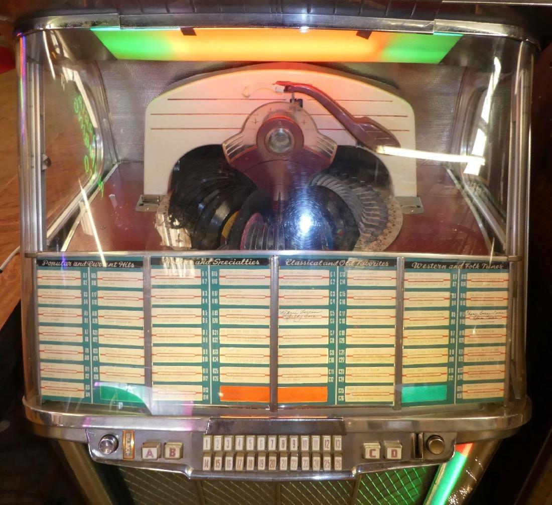 1953 Wurlitzer jukebox model 2104 - 4