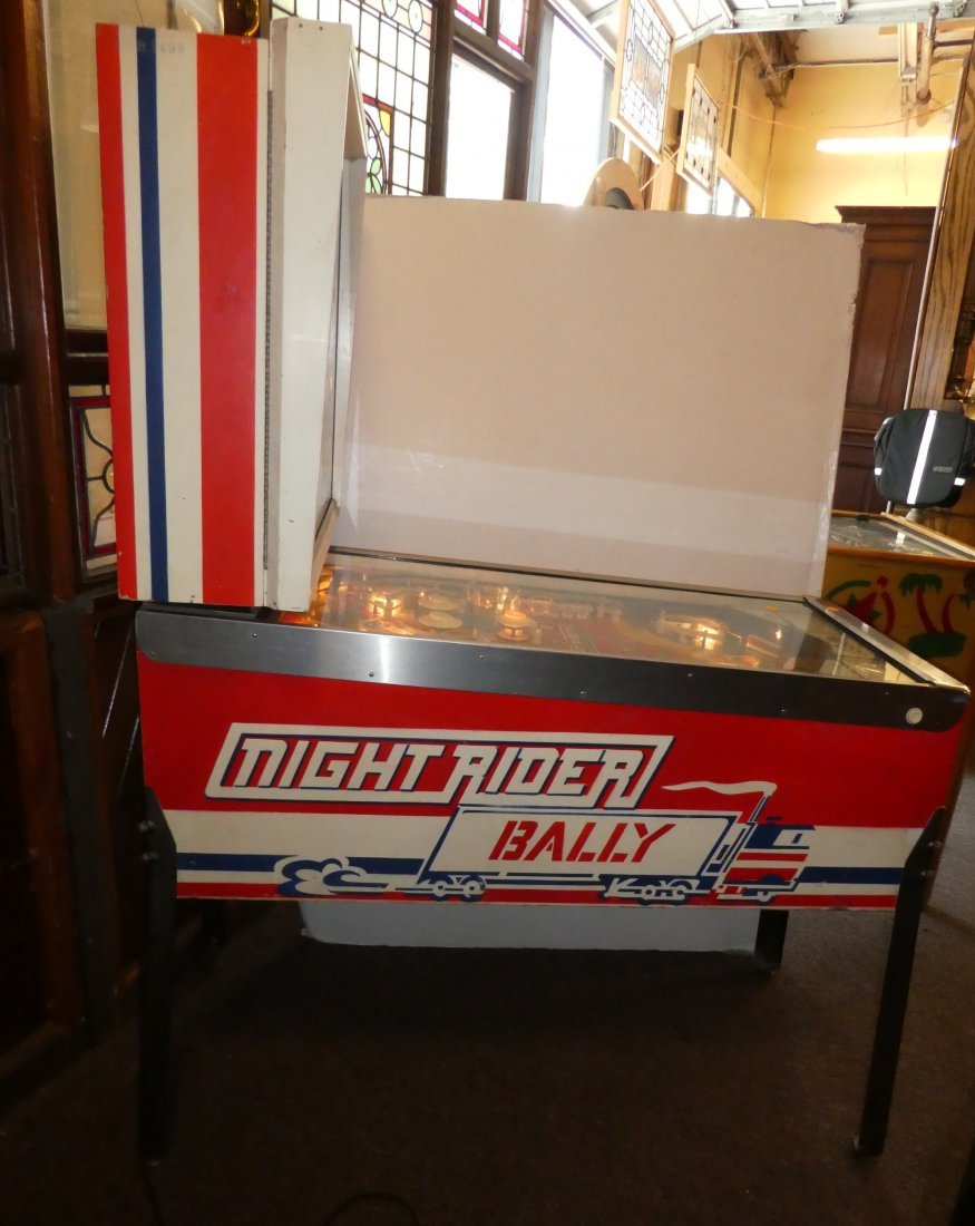 Bally Night Rider pinball machine - 4