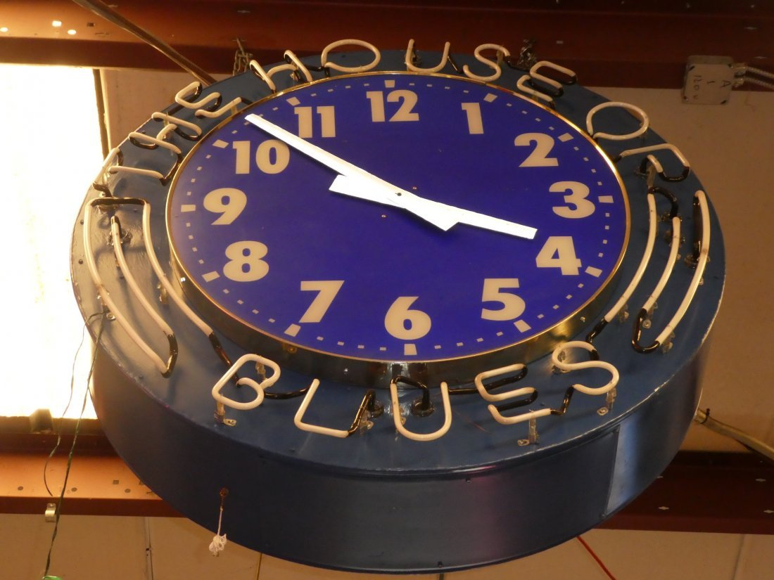 House of Blues neon clock - 3