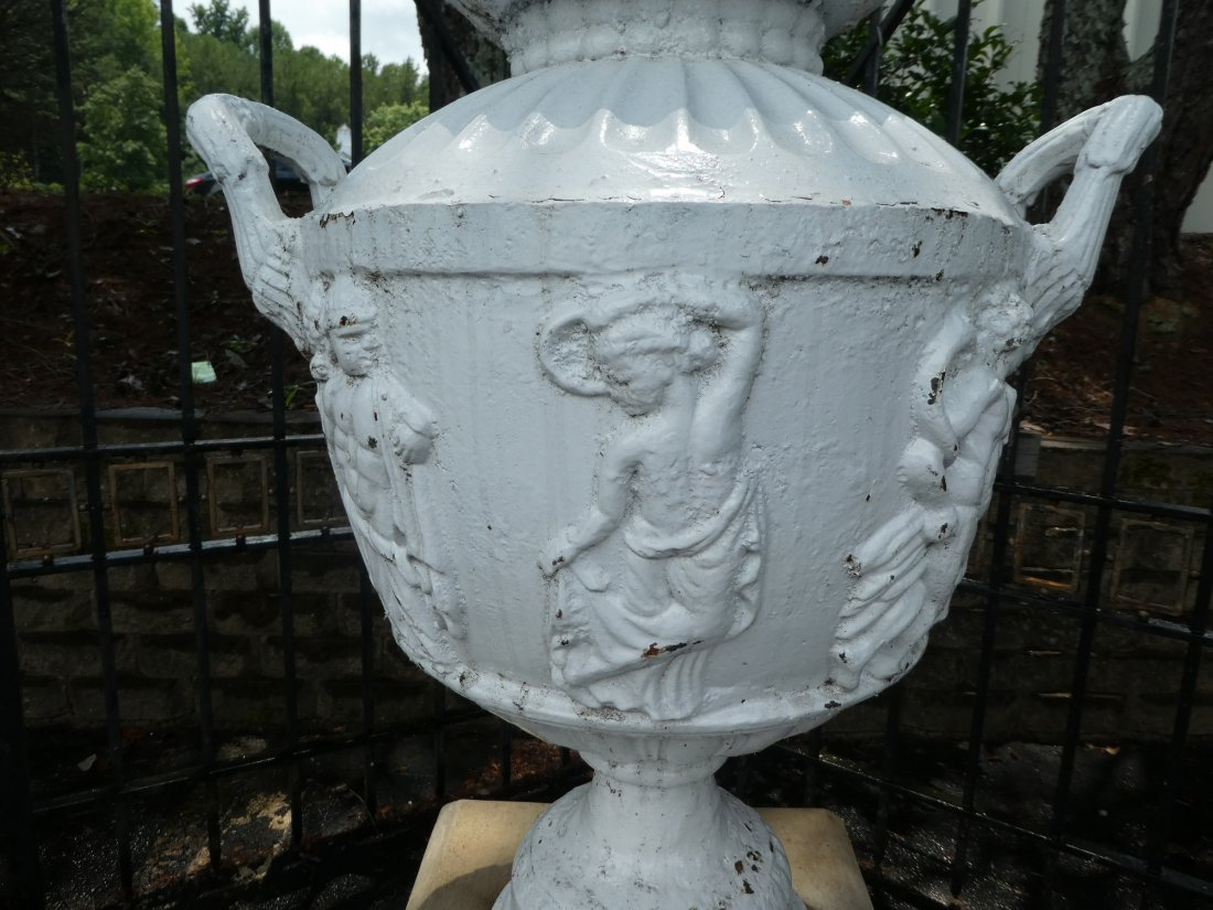 Cast iron relief cassoulet form urn - 2