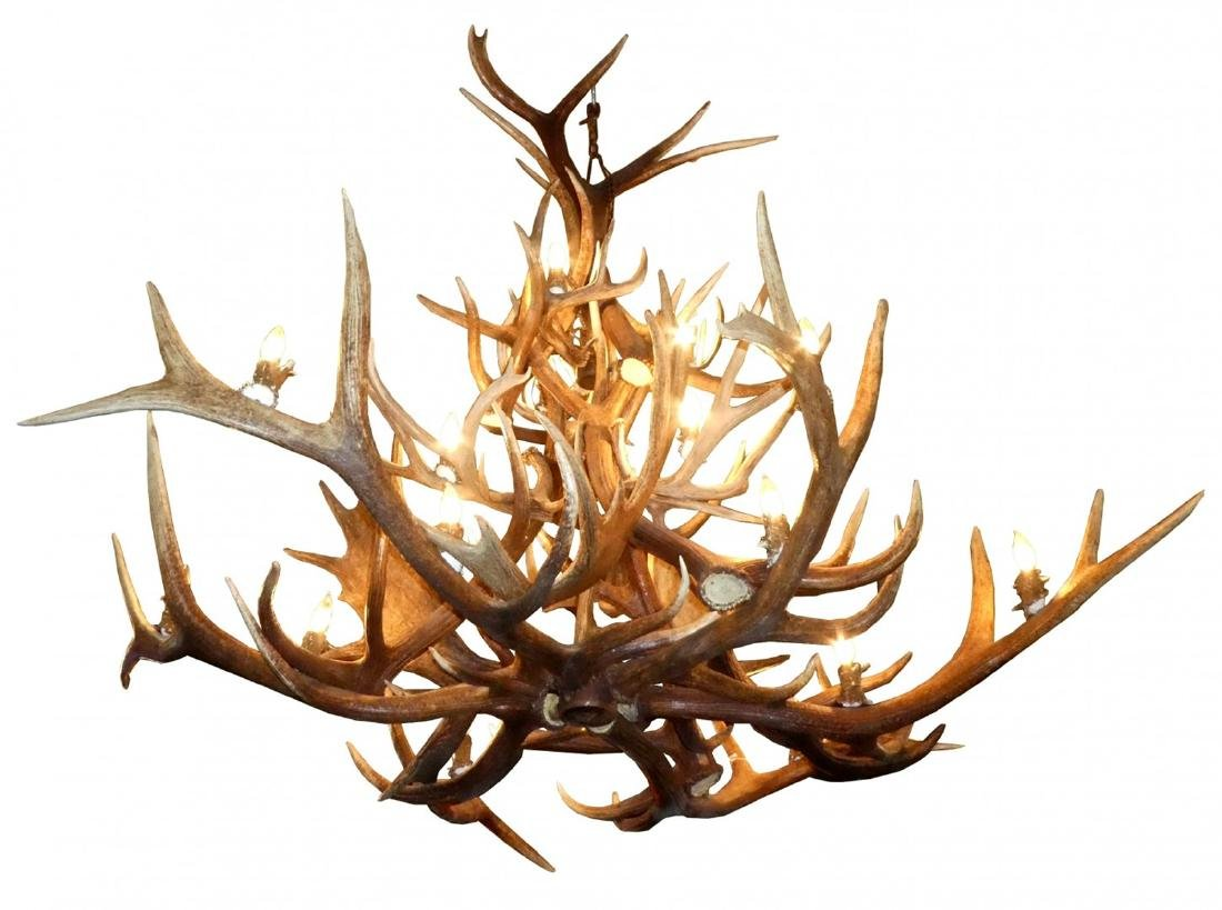Elk antler lodge chandelier