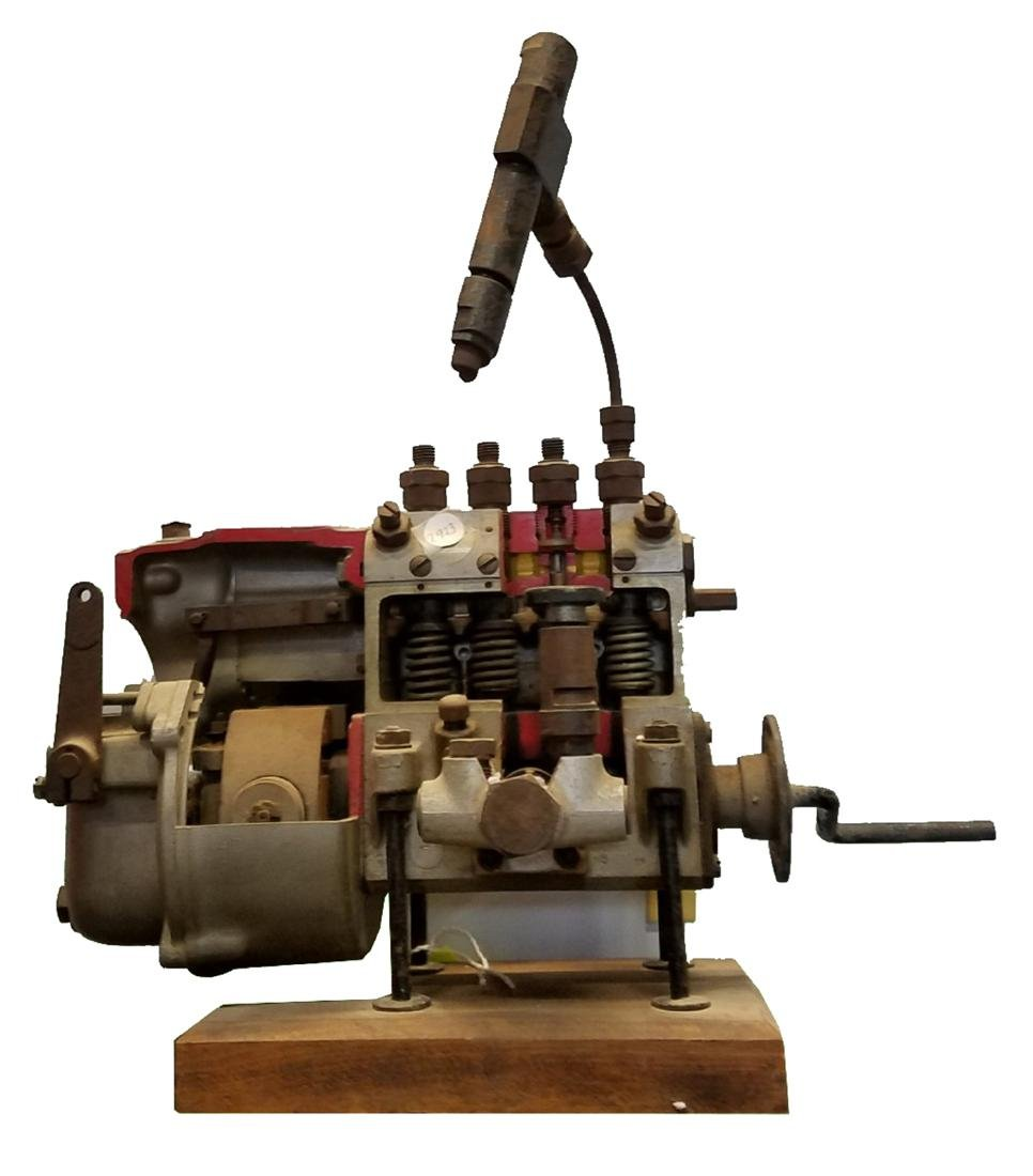 Driving school model diesel injection pump