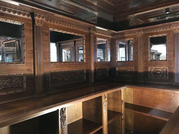 Walnut Corner Pub Bar - 3