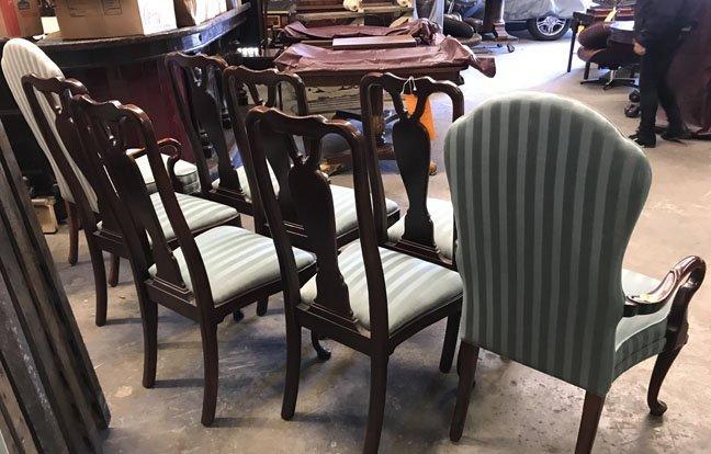 Set of 8 Mahogany Dining Chairs - 5