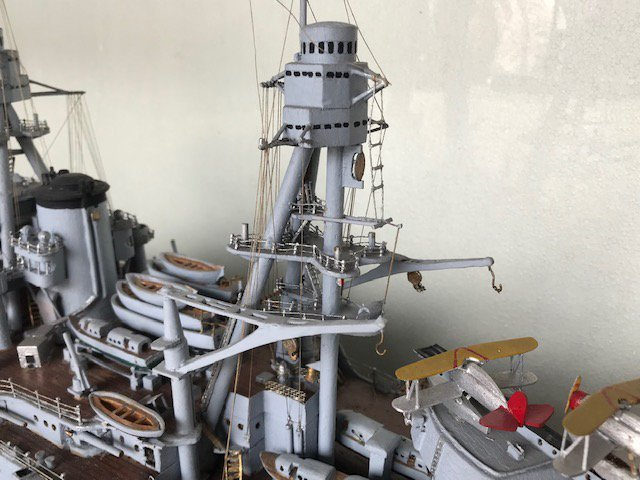 """Model Ship """"Arizona"""" in Glass Display Case - 4"""