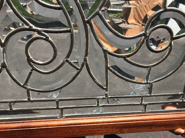 American 1890s Beveled and Leaded Transom Window - 6