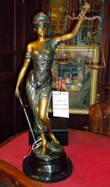 23: Bronze statue depicting Themis, Scale of Justice