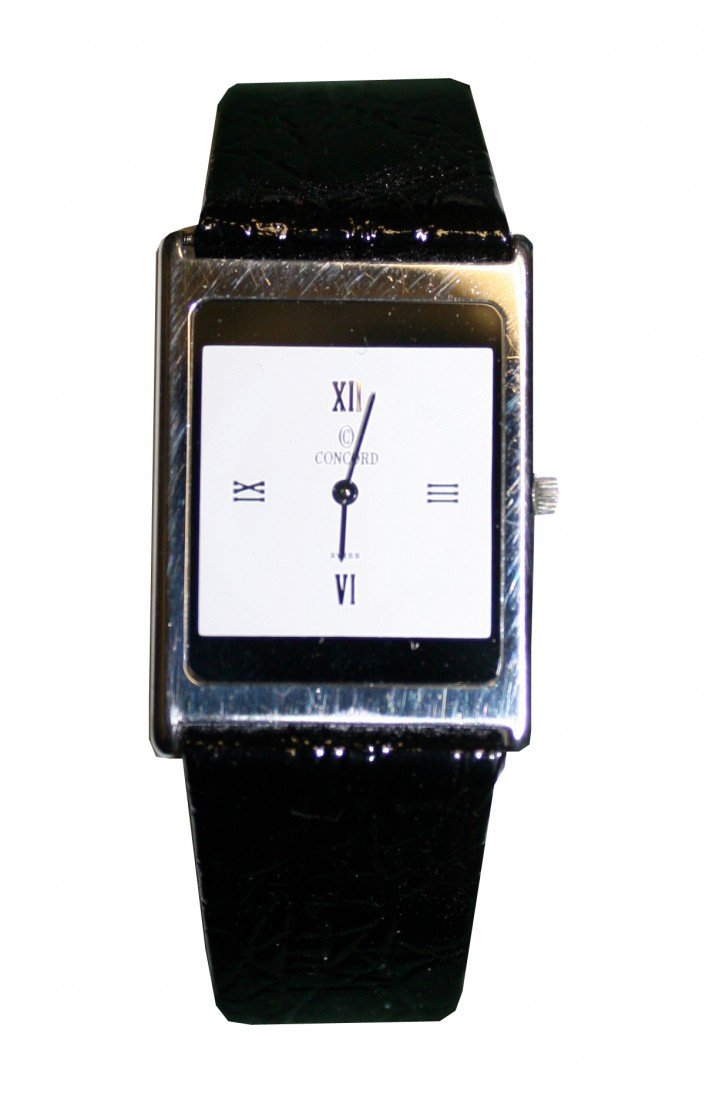 10: PAPER THIN CONCORD WATCH IN 18KT WHITE GOLD IN BOX