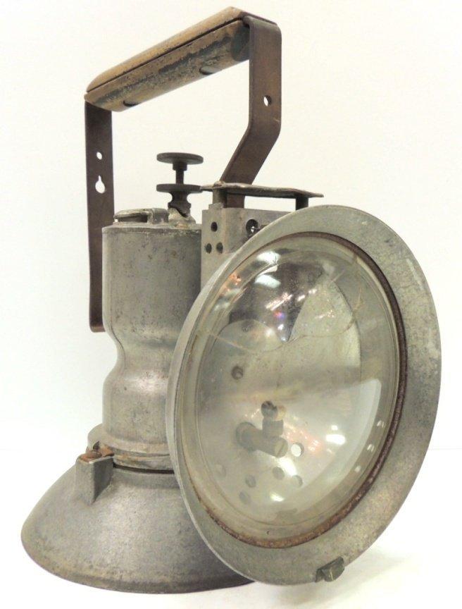 211: Oxweld railroad model A union carbide lamp