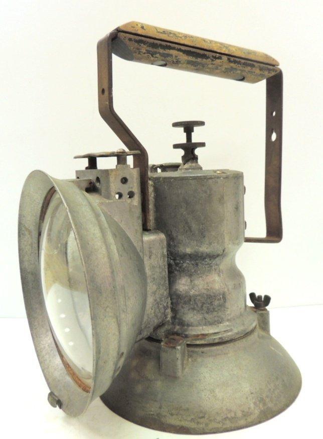 211: Oxweld railroad model A union carbide lamp - 2