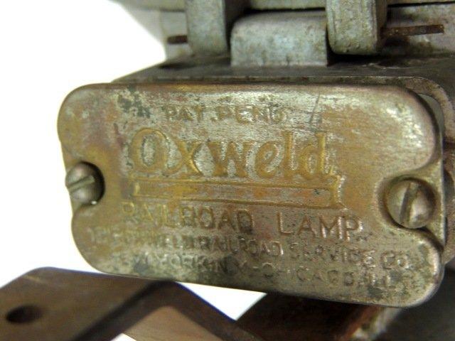 211: Oxweld railroad model A union carbide lamp - 7