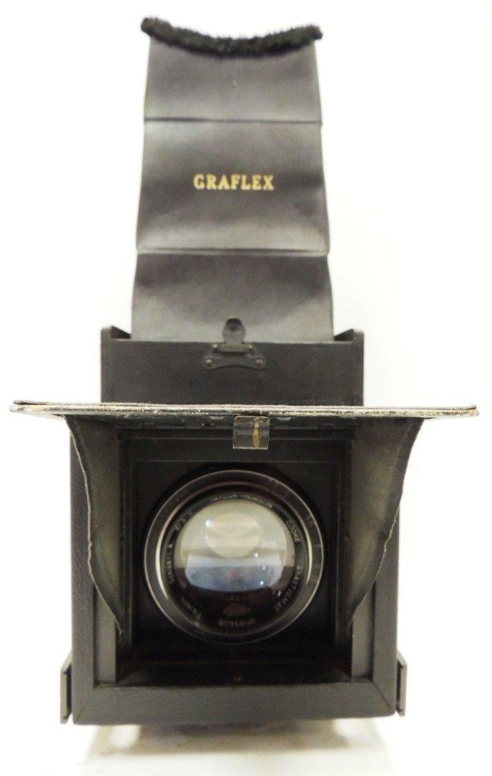 220: R.B. Graflex series D curtain aperture camera F3.5
