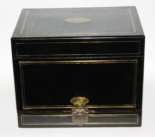 Black lacquered decanter box with brass details