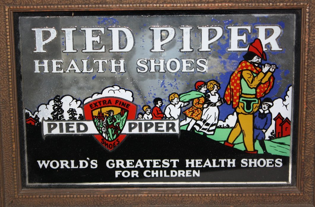 """""""Pied Piper"""" health shoes reverse painted on glass - 2"""