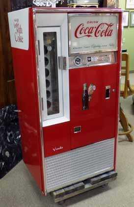 Vendo 65 Coke Machine Model H63b Has Keys