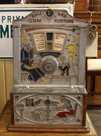 """The Comet"" 1¢ gum ball slot machine by Jennings"