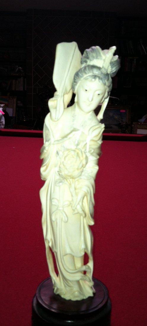 22: Ivory Geisha