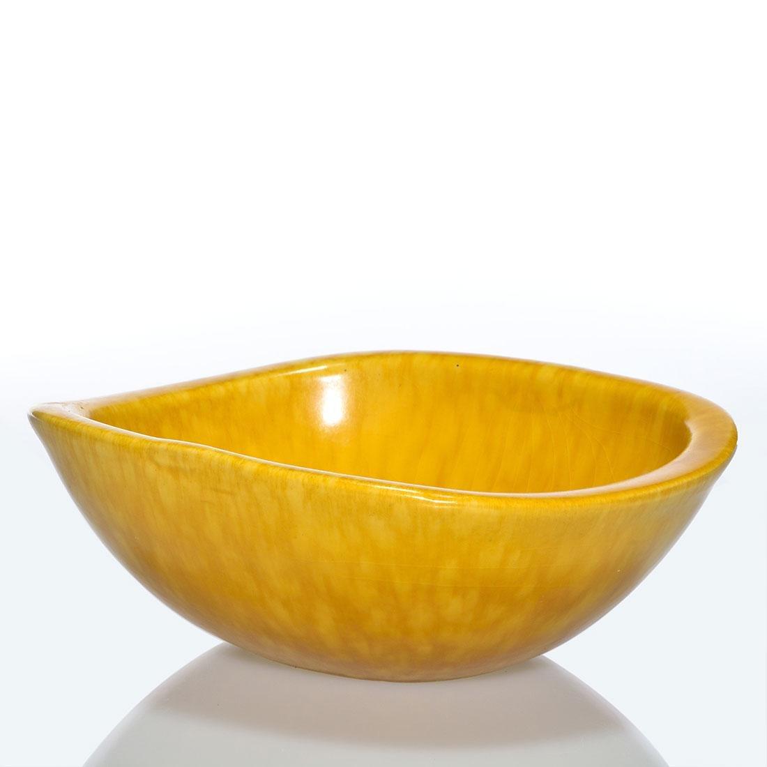 Roseville Raymor Bowl, Gold, 2 7/8 x 8 inches, shape
