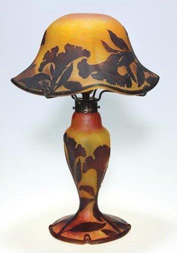 "448: Daum Nancy cameo lamp with shade, 20"""