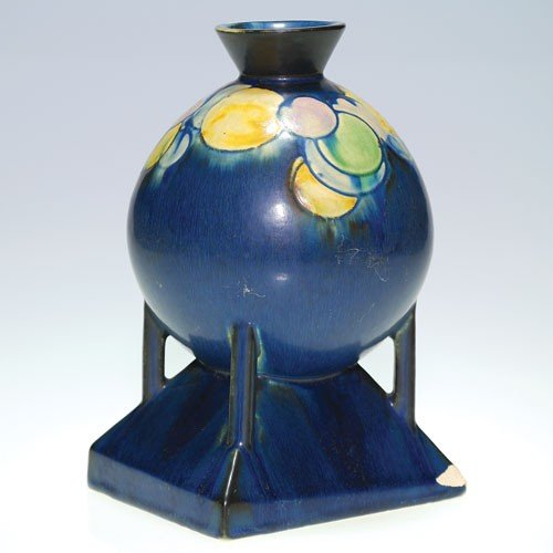 Roseville Futura Ball vase, blue, #404-8""