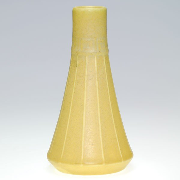 "1005: Rookwood mat production 6 3/4"" vase, 1911"