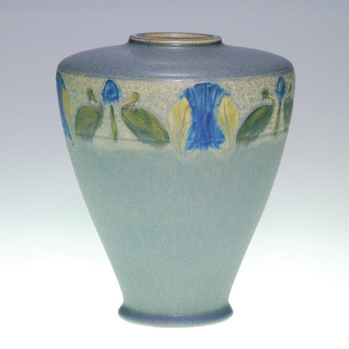 4: Roseville Victorian Art vase, floral, mat glaze, #25