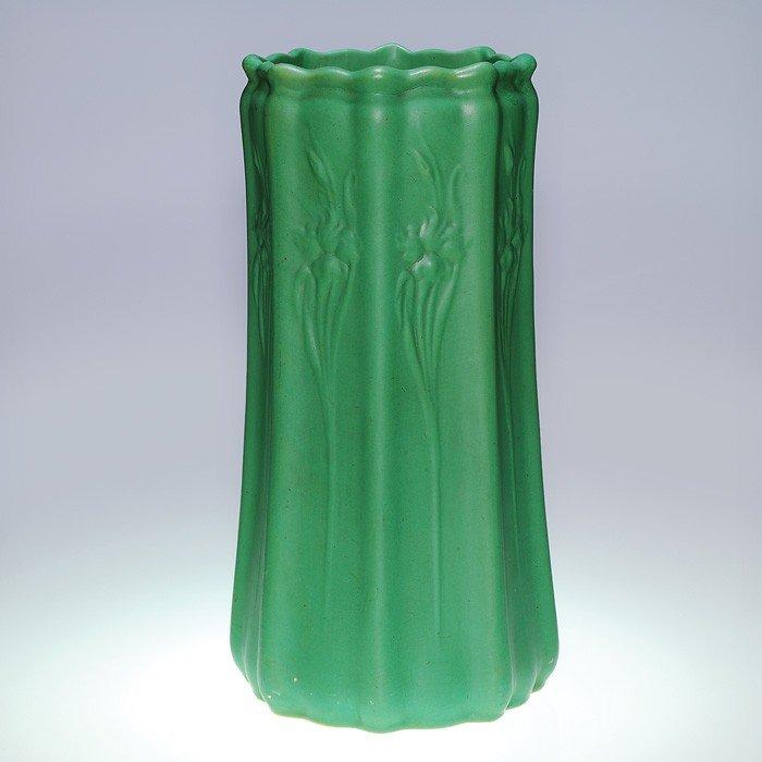 15: Roseville Green Mat umbrella stand, Art Nouveau