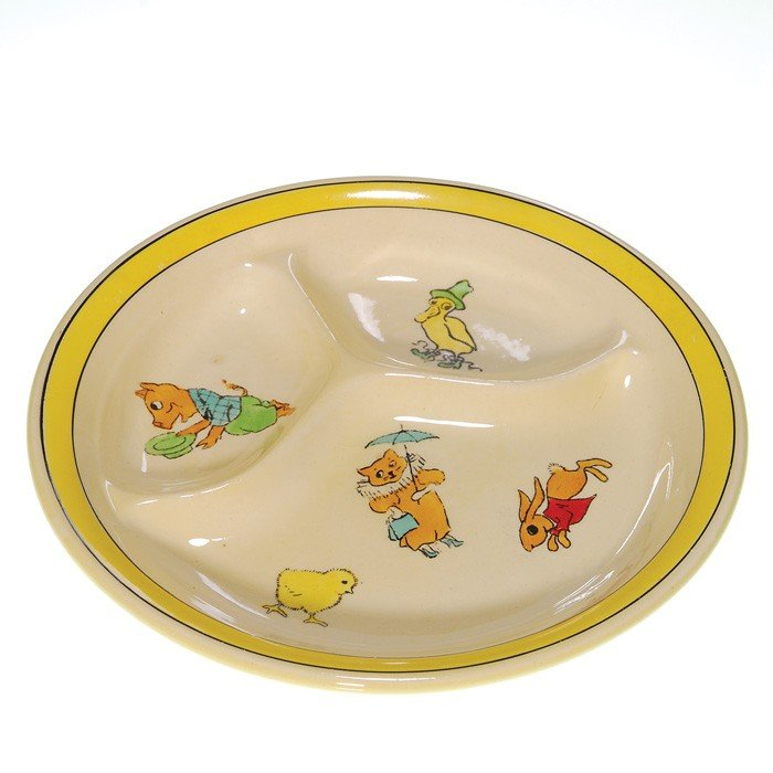 24: Roseville Juvenile divided plate, many creatures