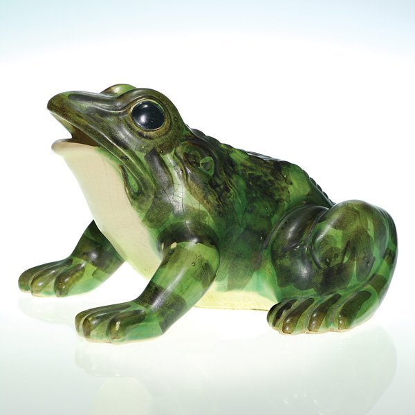 0145: Medium size Brush-McCoy frog
