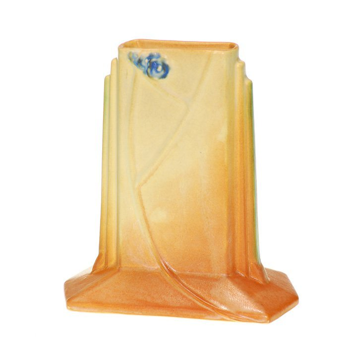 "Roseville Futura vase, shape 423-6"""