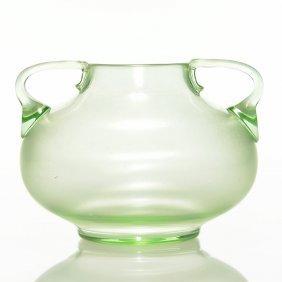 """Loetz Olympia Handled Vase, 4 1/2€ X 6 1/2"""""""