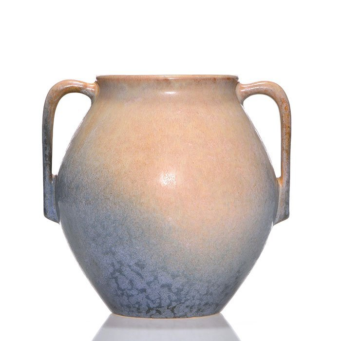 "Roseville Earlam vase, shape 519-7"", tan blue,7"