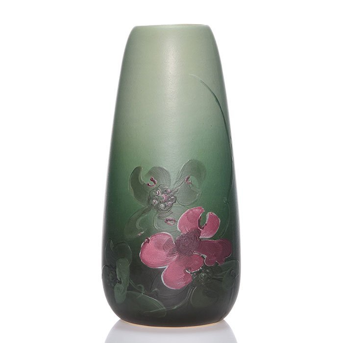 Weller Delta transitional vase, floral, 8 7/8""